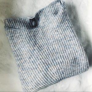 🆕 | 💙 Heather Grey Sweater